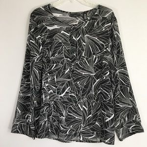 Apostrophe Abstract Leaf Graphic Blouse